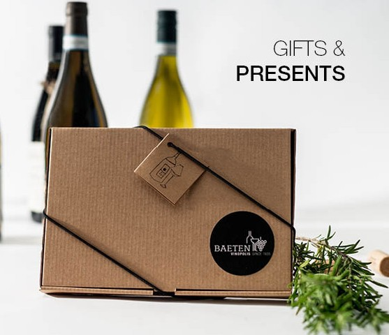 GIFTS & PRESENTS 2018